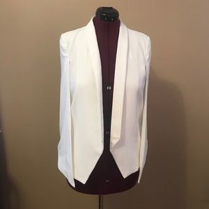 Hot & Delicious white cape jacket NWT
